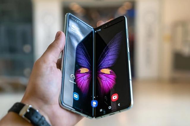 """三星Galaxy Fold问世过于心急""""问题""""手机发售延迟"""