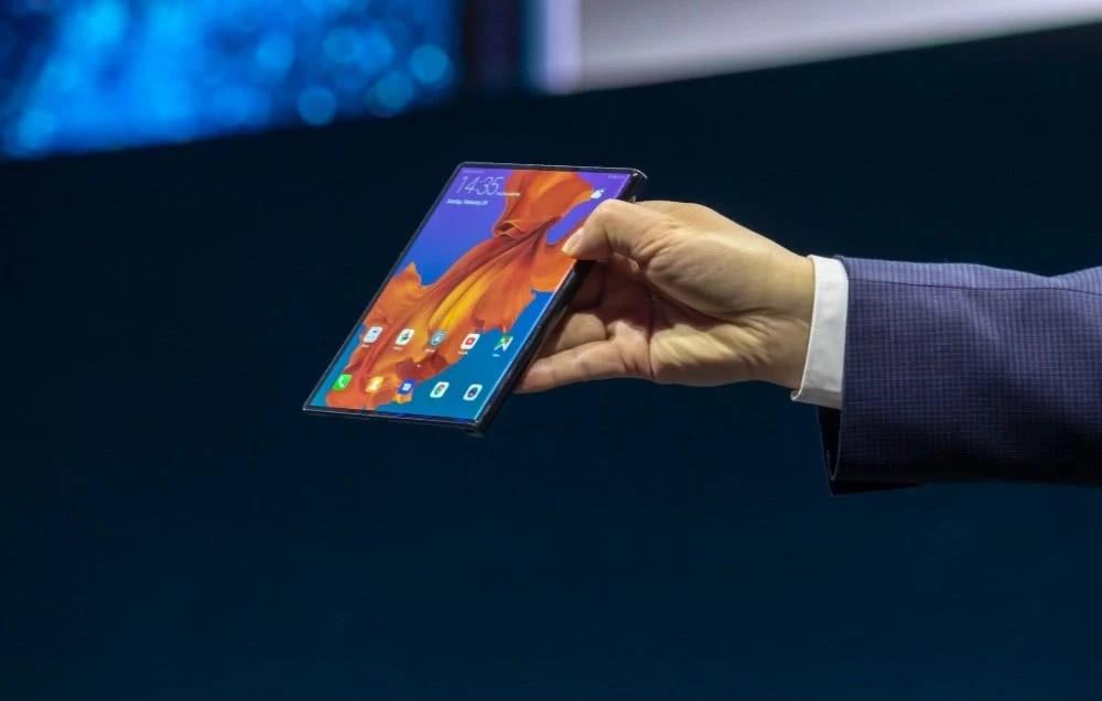 顶级旗舰华为Mate X终于要开售,柔性折叠屏手机靠不靠谱?