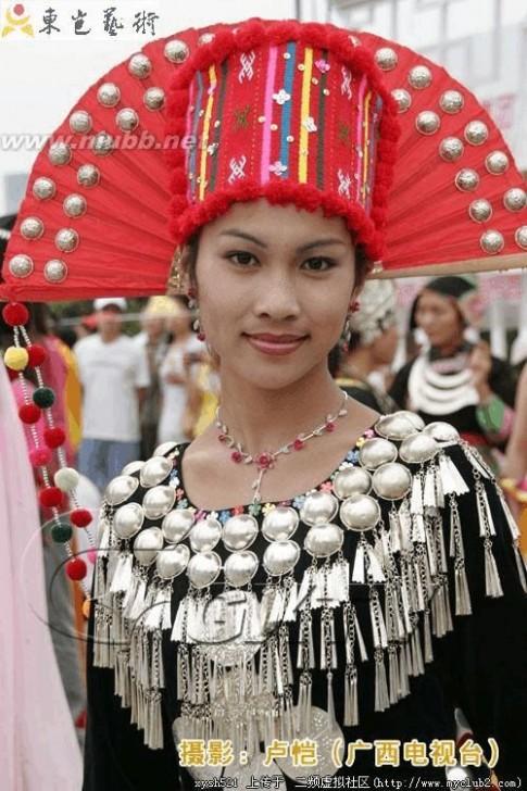 56个民族服装 56个民族服装全集图片