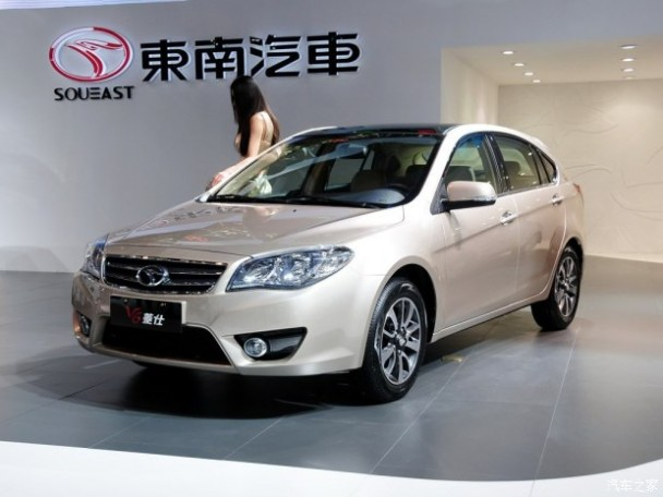 东南东南汽车V6菱仕2013款 基本型