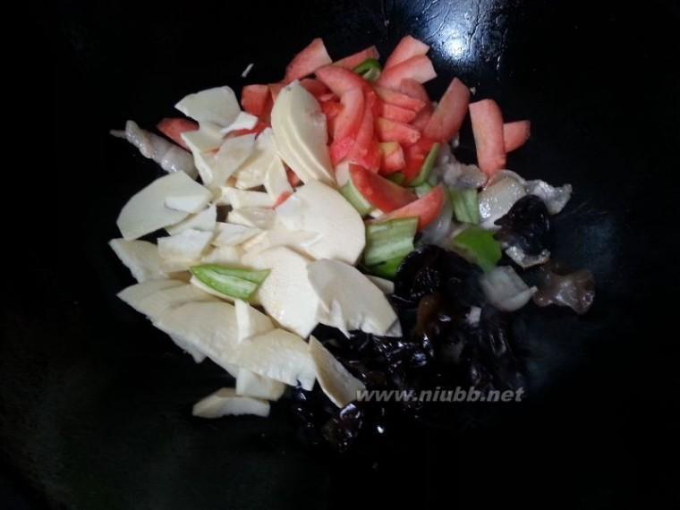 鲜笋 鲜笋炒肉片的做法,鲜笋炒肉片怎么做好吃,鲜笋炒肉片的家常做法
