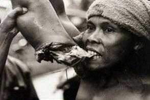 博萨卡 冒死实拍非洲食人部落