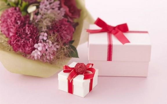 浪漫生日礼物