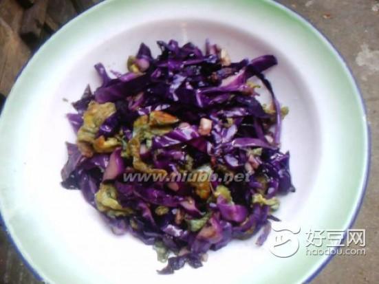 包菜炒鸡蛋 紫包菜炒蛋的做法,紫包菜炒蛋怎么做好吃,紫包菜炒蛋的家常做法