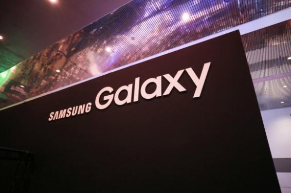 传三星在CES提前展示Galaxy S9/S9+ 部分参数曝光