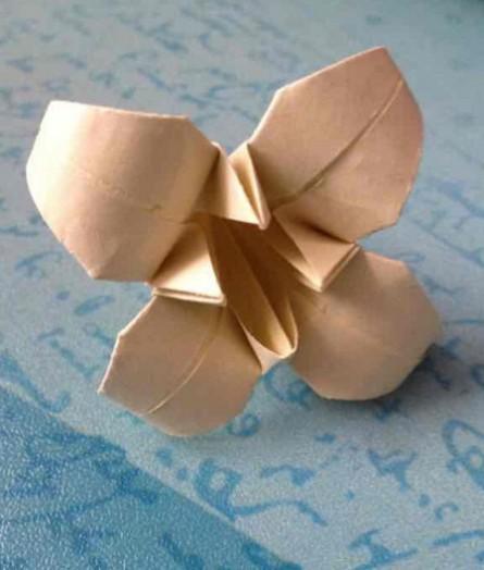 百合花怎么折简单又好看