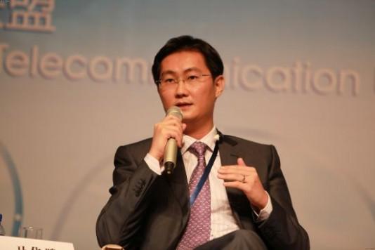 """腾讯董事局主席马化腾今年显得忧心忡忡,正在与三大电信运营商就""""微信占用电信信道过多,运营商要求收费""""陷入微妙的博弈之中。"""