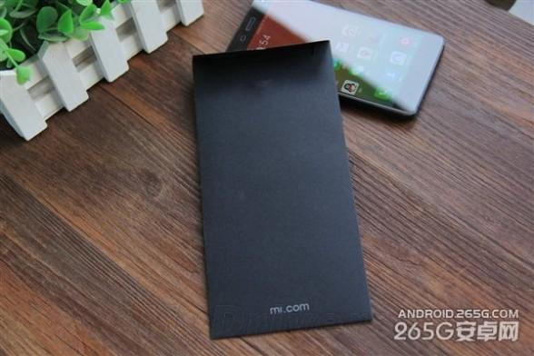 小米5发布会实体邀请函:一张黑纸板