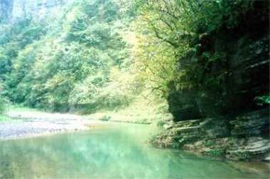 东温泉图片