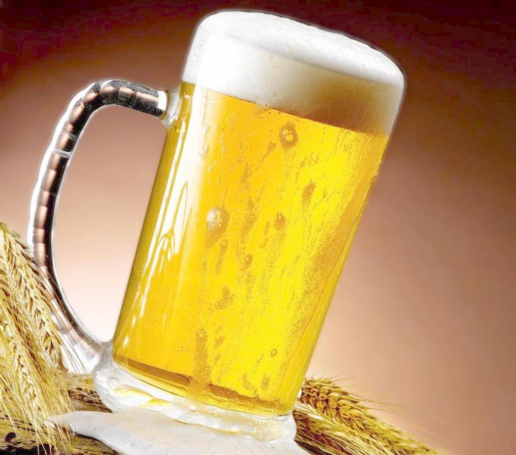 怎样用啤酒洗头 啤酒洗头与啤酒洗头的6个步骤介绍