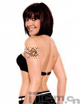 简单Photoshop教程:给手臂加纹身