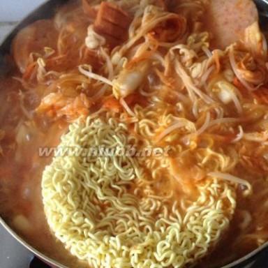 方便面锅 韩国泡面锅,韩国泡面锅的做法,韩国泡面锅的家常做法