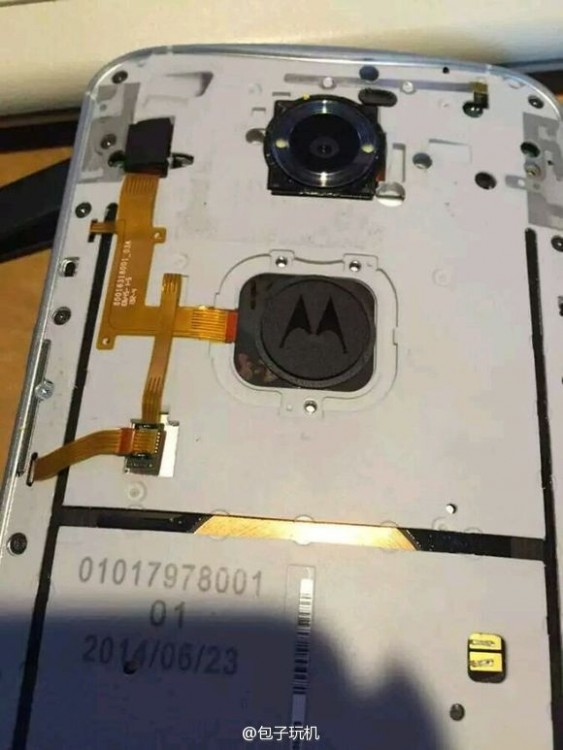 Nexus 6原型机曝光:指纹识别惨遭阉割