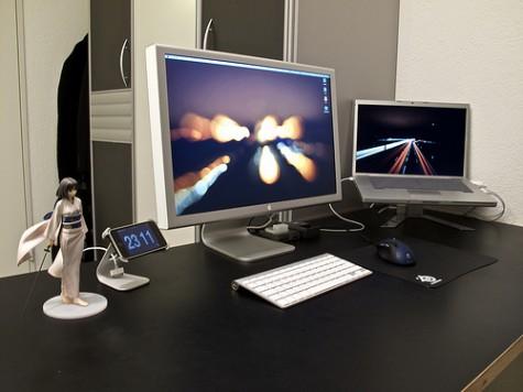 Current workspace setup by Rodrigo Haenggi