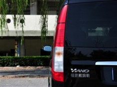 奔驰 福建戴姆勒 唯雅诺 2010款 2.5L 豪华版