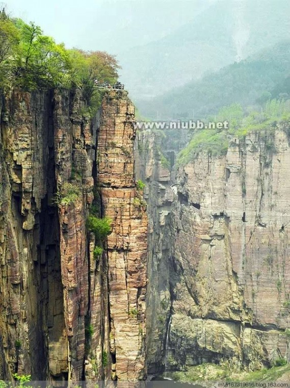 河南辉县 世界上最危险的村庄—河南辉县郭亮村