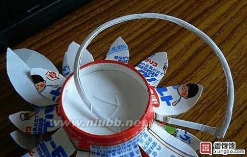 废物利用环保小制作 酸奶盒向日葵手工小制作dir编织方法详细图解环保废物利用