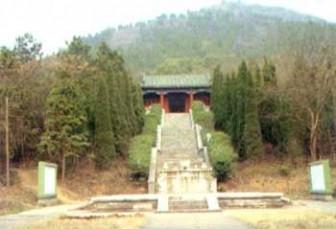 龙泉山风景区图片