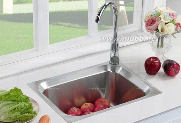 浅析厨房水槽安装哪些事?_水槽安装