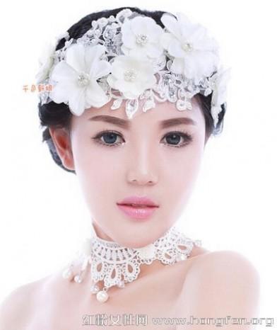 时尚新娘发型图片 2015新款时尚新娘发饰发型图片 为你的魅力气质加分